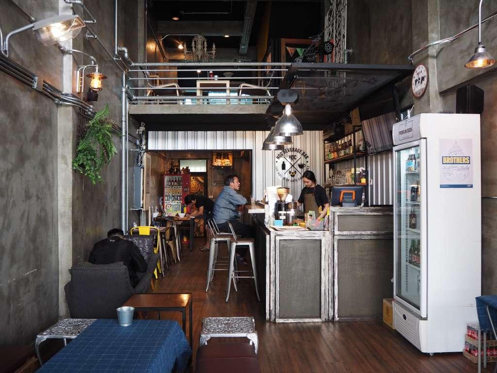 HOC Beverage Bar & Cat Cafe